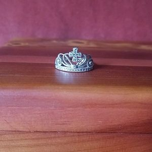 Jewelry - Sterling silver crown ring 👑